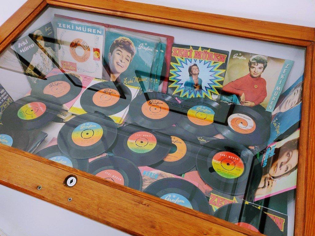 Zeki Muren Vinyl Records